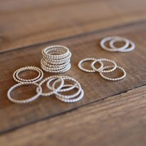Stacking ring fine bead