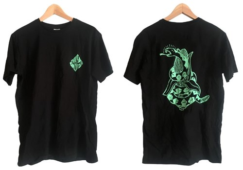 ZION WETSUITS Snakebite Sundays T Shirt - Black