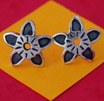 plato flores earrings