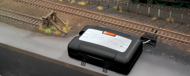 Hornby R8247 Digital Accessory and Point Decoder