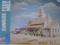 Walthers Cornerstone HO/Scale Kit - Sunrise Feed Mill