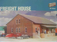 Walthers Cornerstone HO/Scale Kit - Brick Freight Shed