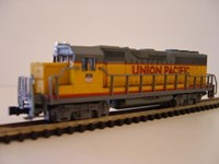 BA63551 Bachmann EMD GP40 Diesel Loco Union Pacific (accumate or rapido couplings)