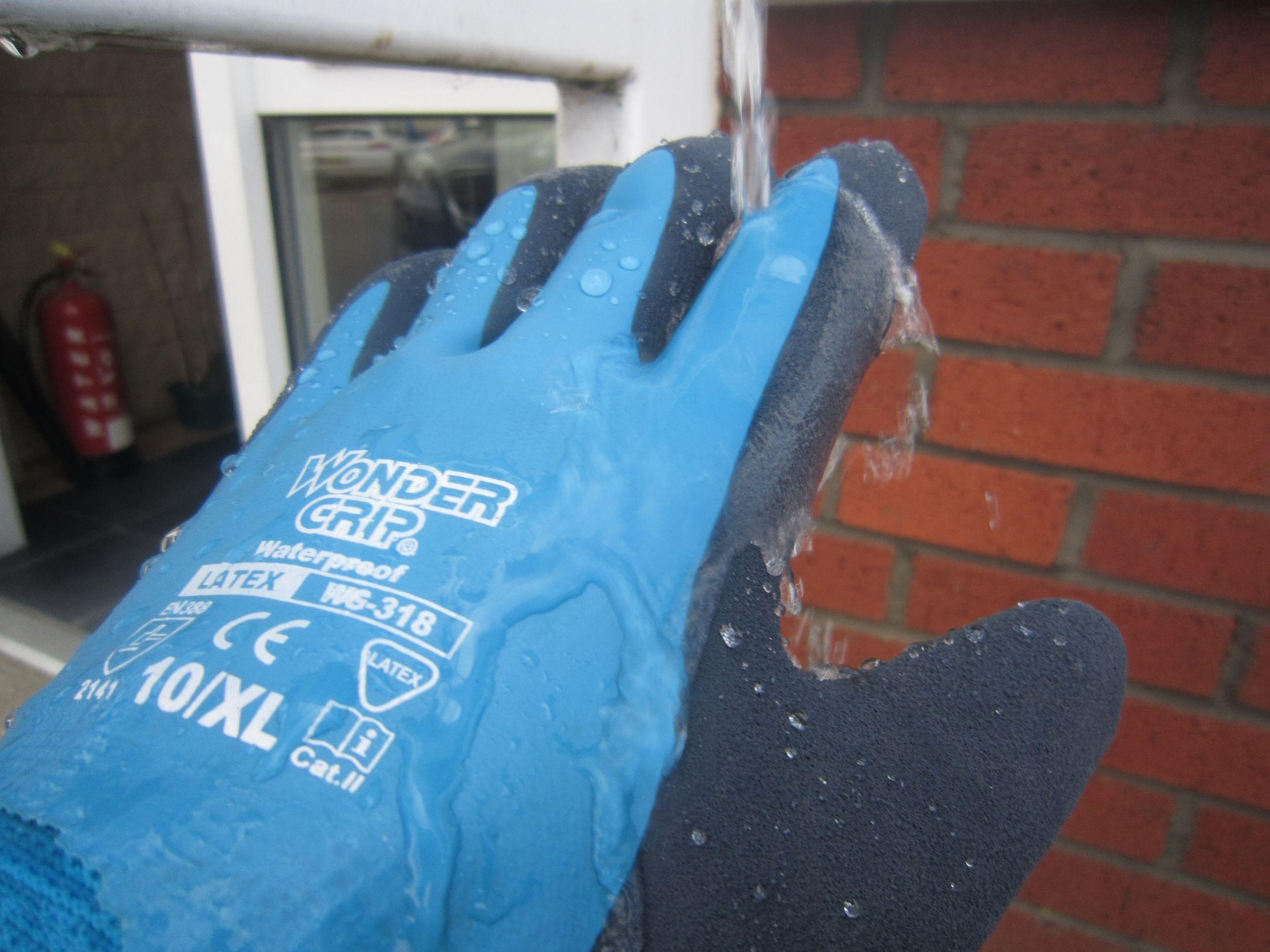 Wondergrip Premium Blue Waterproof Foam Latex Gloves