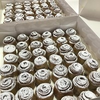 42 MINI - CINNAMON SCROLLS BOX