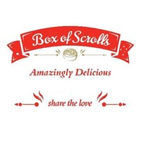 12 SMALL - VARIETY SCROLLS BOX (3 Nutella Banana, 3 Cookies & Cream, 3 Salted Caramel, 3 Red Velvet)