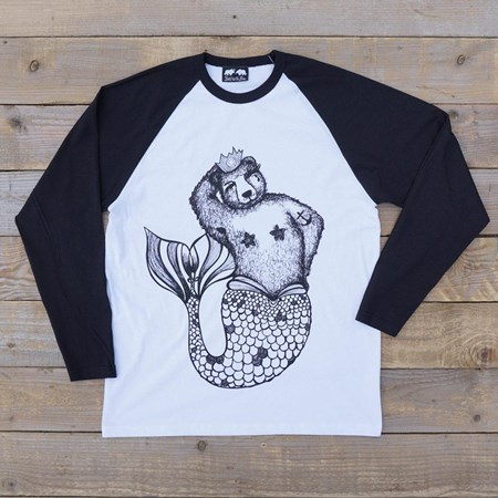 'Brian Queen of the Sea' Raglan Tee