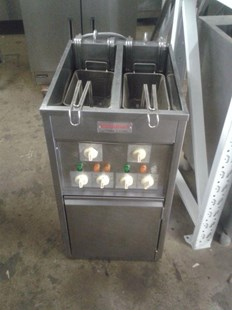 Valentine Electric Fryer Free Standing 2 Tank 2 Basket Chips Fryer Single Phase