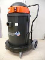 KERRICK YES PLAY VHYES PLAY 429M MADE IN ITALY .High performance 67 litre capacity commercial wet & dry 2 motor 2800 watt vacuum cleaner with  NEW SANIFILTER. Inhibits & Eliminates Viruses, Bacteria, Fungus & Miro-parasites **FREE DELIVERY**