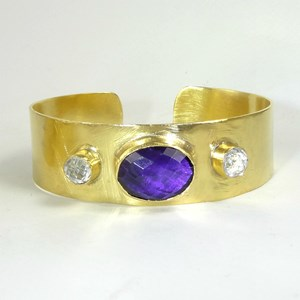 The Roman Goddess Amethyst Cuff