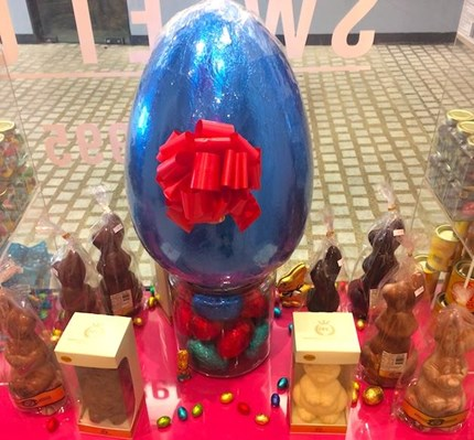 Giant 6kg Milk Chocolate Easter Egg