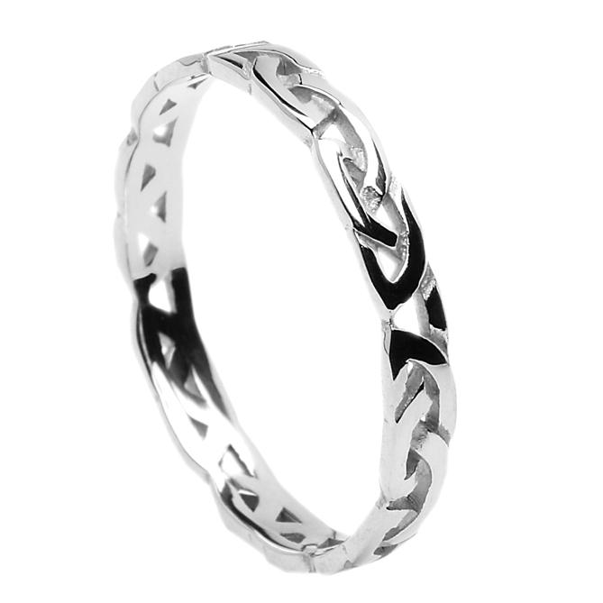 "ID116 Passion Thin,This lovely court style ring without trims shows the Claddagh symbol, and has three words written on the ring saying ""Love, Loyalty, Friendship"""