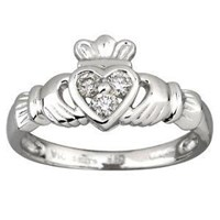 Claddagh  Ring with 3 Diamonds in 14 ct white gold