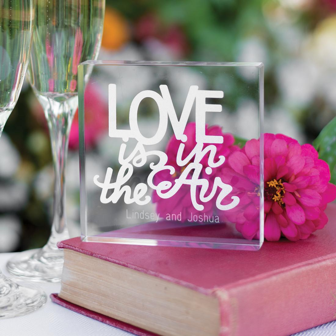 31195P Love is in the Air Cake Top cainsbridalwreath.com
