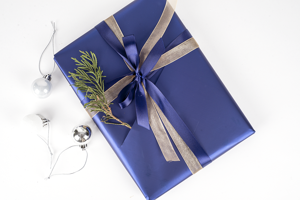 Wednesday #wrapspiration  - Christmas gift wrapping tips for Stationery
