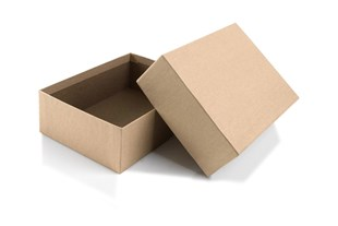 Brown rigid 2 piece postal / gift  box measuring 15.2 cm x 11.5 cm x 5 cm depth (8N)